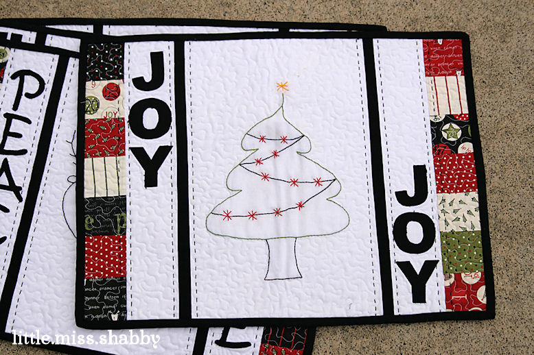 LMS | Deck the Halls Placemats Embroidery Patterns Freebie